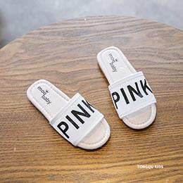 Dép cho bé gái từ 3 - 6 tuổi 2 màu trắng, hồng đơn giản, nhẹ nhàng