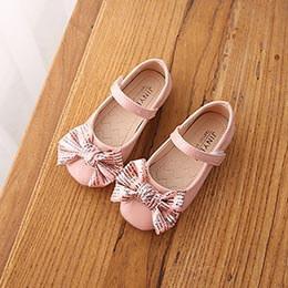 Giày búp bê bé gái hồng nhạt từ 7 - 11 tuổi da bóng quai dán tiện lợi