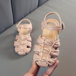 Giày sandal búp bê xuất khẩu bé gái từ 3 - 7 tuổi kiểu rọ, quai dán