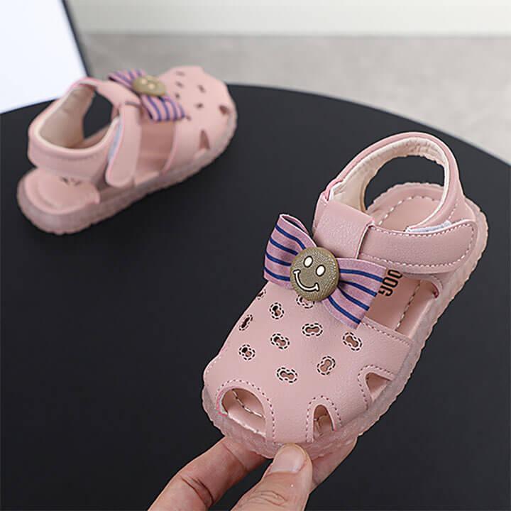 Giày sandal cho bé gái đế mềm màu hồng từ 1 - 2- 3 tuổi