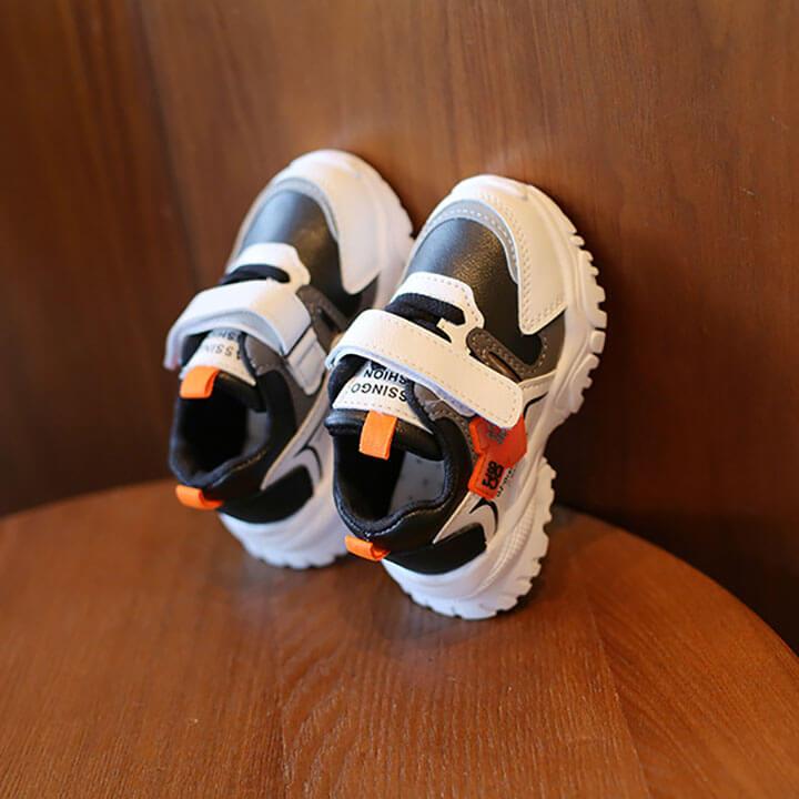 Giày thể thao bé trai từ 1-5 tuổi cá tính, sành điệu