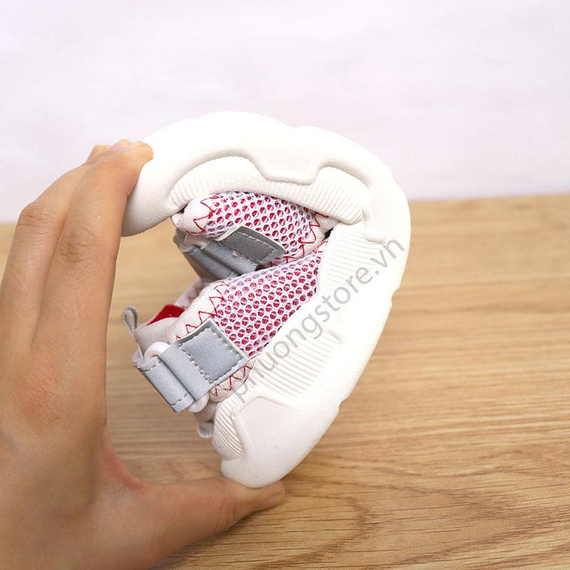 Giày sandal nữ đi học cho bé từ 3 - 12 tuổi có quai dán cực êm chân